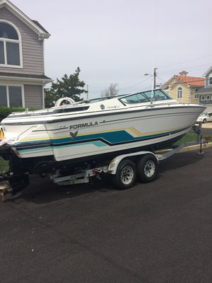 Used Formula 242242 Cruiser Boat For Sale