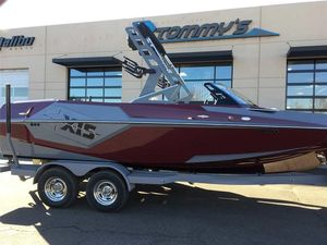 New Axis Wake Research T22Wake Research T22 Ski and Wakeboard Boat For Sale