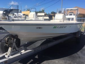 Used Maverick Boat Co. 21 Master Angler21 Master Angler Flats Fishing Boat For Sale