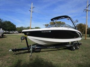 Used Cobalt R3 WSS SurfR3 WSS Surf Ski and Wakeboard Boat For Sale
