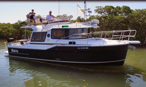 Used Ranger Tugs 29 CB Cruiser Boat For Sale