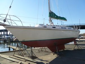 Used Sabre 34-1 Center Board Daysailer Sailboat For Sale