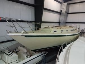 Used Ericson 35-2 Sloop Sailboat For Sale