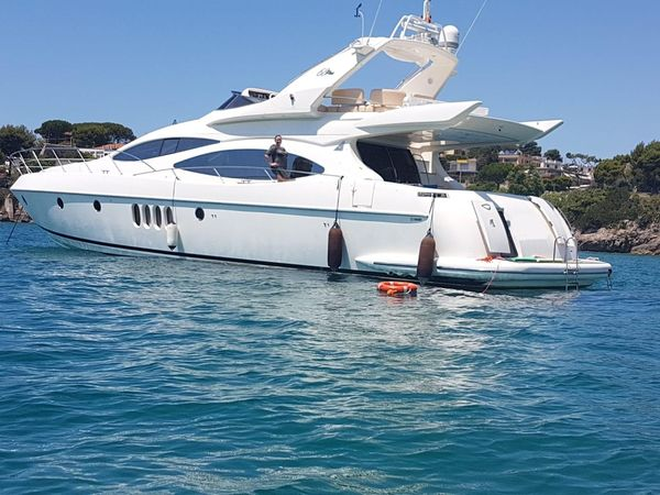 Used Azimut 68 Plus Flybridge Boat For Sale