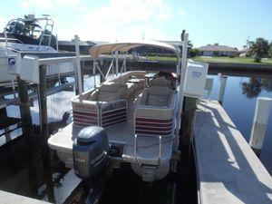 Used Bennington 2275 GCW Pontoon Boat For Sale