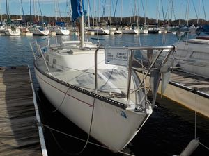 Used Ranger 26 Racer and Cruiser Sailboat For Sale