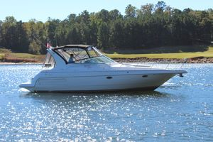 Used Cruisers Yachts 3572 Express Cruiser Boat For Sale