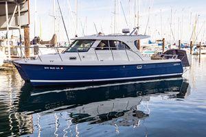 Used Aspen C100 Power Catamaran Boat For Sale