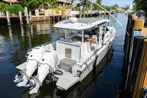 Used Axopar 37 Sun Top Center Console Fishing Boat For Sale