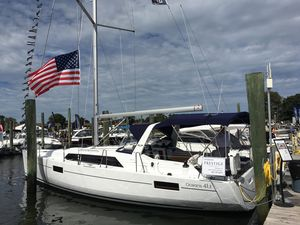 Used Beneteau Oceanis 41.1 Daysailer Sailboat For Sale