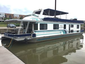 Used Lakeview Wide Body House Boat For Sale