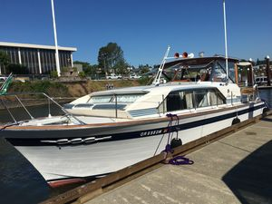 Used Chris-Craft Cavalier Motor Yacht For Sale