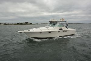 Used Tiara 3100 Open Limited Edition Express Cruiser Boat For Sale