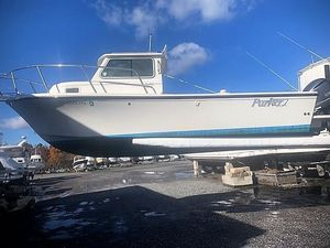 Used Parker 2320 SL Saltwater Fishing Boat For Sale