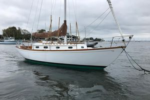Used Hinckley Sou'wester 30 Cruiser Sailboat For Sale