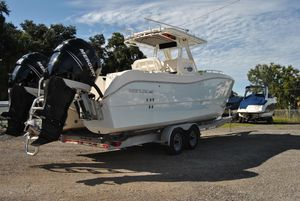 Used World Cat 270 TE Power Catamaran Boat For Sale
