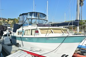 Used Tollycraft Royal Express Cruiser Boat For Sale