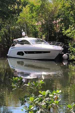 Used Azimut Atlantis 43 Cruiser Boat For Sale