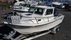 New Parker 2120 Sport Cabin Pilothouse Boat For Sale