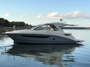 Used Sea Ray Sundancer 350 Coupe Cruiser Boat For Sale