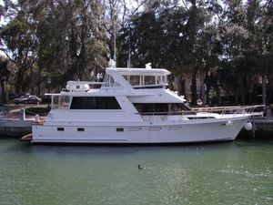 Used Ocean Alexander 54 CMY Hardtop Motor Yacht For Sale