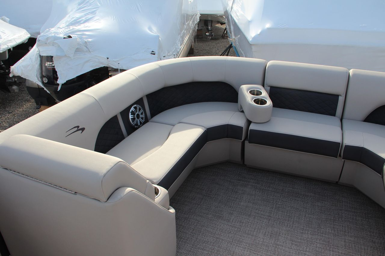 2019 New Bennington 23 Ssbxp Pontoon Boat For Sale - Clinton