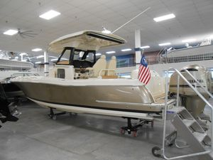 New Chris-Craft 30 Catalina Center Console Fishing Boat For Sale