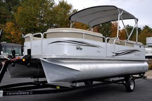 Used Manitou Aurora 220 Pontoon Boat For Sale