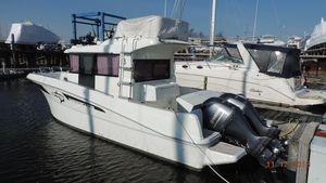 Used Beneteau Barracuda 9 Motor Yacht For Sale