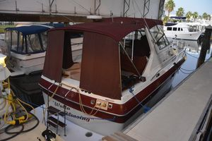 Used Cruisers Yachts 3370 Esprit Motor Yacht For Sale