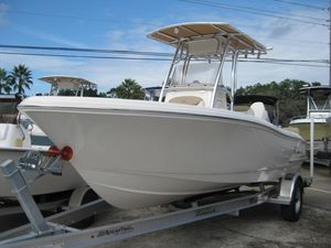 New Pioneer 202 Sportfish Center Console Fishing Boat For Sale