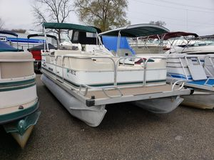 Used Monark Sun Spa 200 Pontoon Boat For Sale