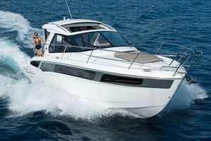 Used Bavaria Sport 360 HT Express Cruiser Boat For Sale