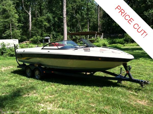 Used Malibu 23 Sunsetter Ski and Wakeboard Boat For Sale