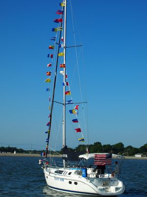 Used Hunter 376 Cruiser Sailboat For Sale