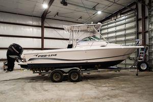 Used Pro-Line 25' Walkaround25' Walkaround Fishing Boat For Sale