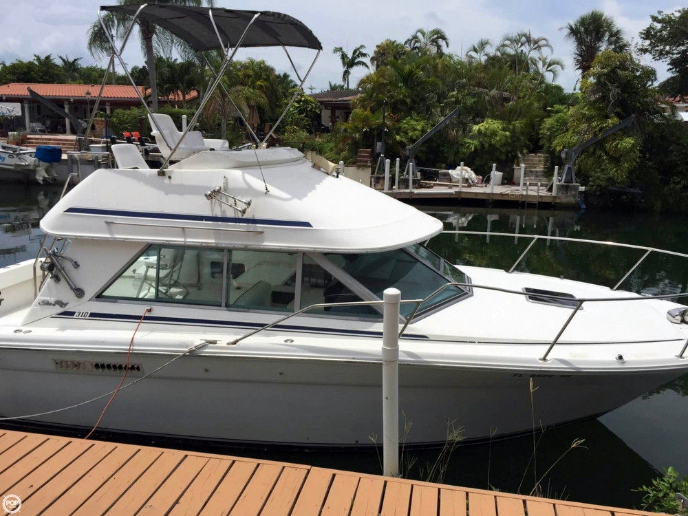 1992 used sea ray 310 sport bridge sports fishing boat for for Used fishing boats for sale in florida
