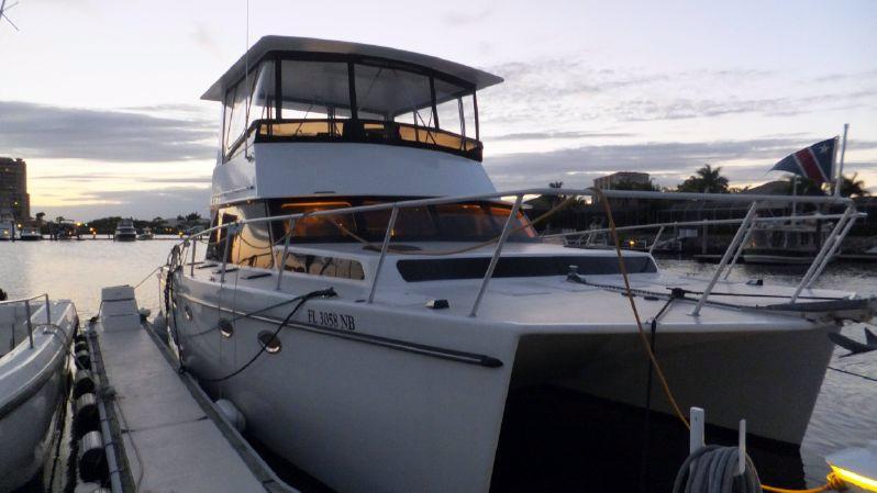 Used Kit Cat 42 Power Cat Cruiser Boat For Sale