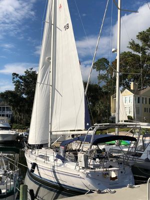 Used Catalina 355 Cruiser Sailboat For Sale