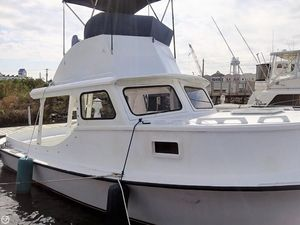 Used Harkers Island 32 Cruiser Core Sounder Antique and Classic Boat For Sale