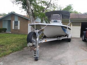 Used Thompson 222 Predator Center Console Fishing Boat For Sale