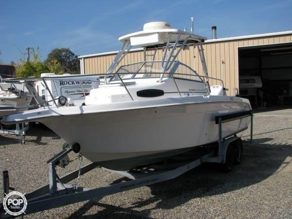 Used Wellcraft 238 Coastal WA Walkaround Fishing Boat For Sale