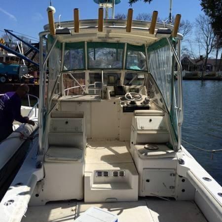 Used Shamrock 260 Express Fish Sports Fishing Boat For Sale