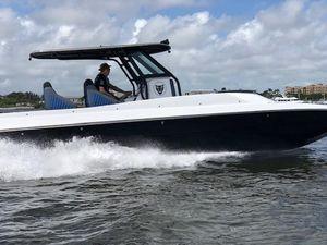 Used Jaguar 32 Jaguar Cat Center Console Fishing Boat For Sale
