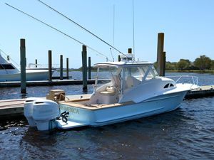 Used Winter Custom Yachts Cuddy Express Cruiser Boat For Sale