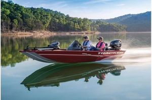 New Tracker Pro 170 w/ Mercury 50ELPT 4SPro 170 w/ Mercury 50ELPT 4S Bass Boat For Sale