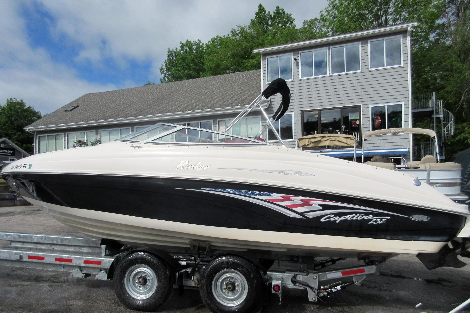 Used Rinker 232 Captiva - 11543 Bowrider Boat For Sale