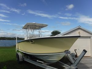Used Seacraft 23 SF Center Console Fishing Boat For Sale