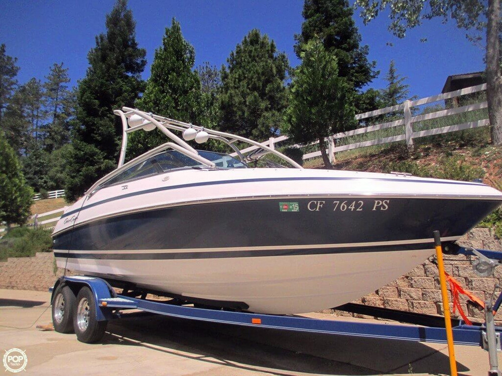 Used Chris-Craft 210 Ski and Wakeboard Boat For Sale