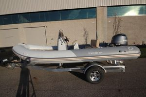 New Zodiac Medline 580 NEO 115hp IN Stock Rigid Sports Inflatable Boat For Sale